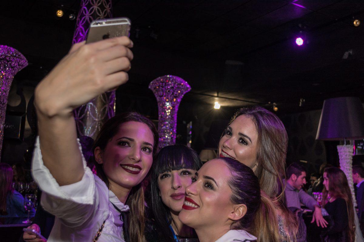 fiesta de beauty galicia en el pub dux